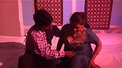 Desi aunty romance with two young boys